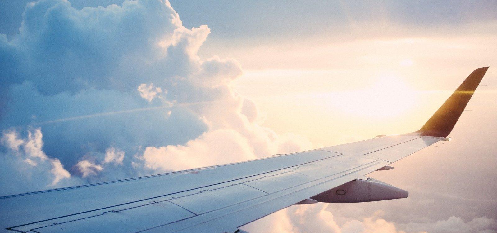 [OMS: risco de pegar covid-19 em aviões é 'muito baixo', mas não zero]