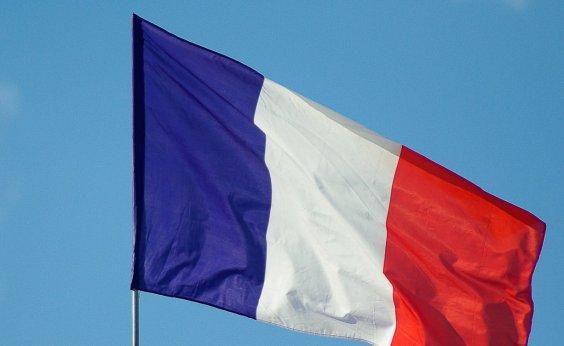 [França ultrapassa marca de um milhão de casos de Covid-19]