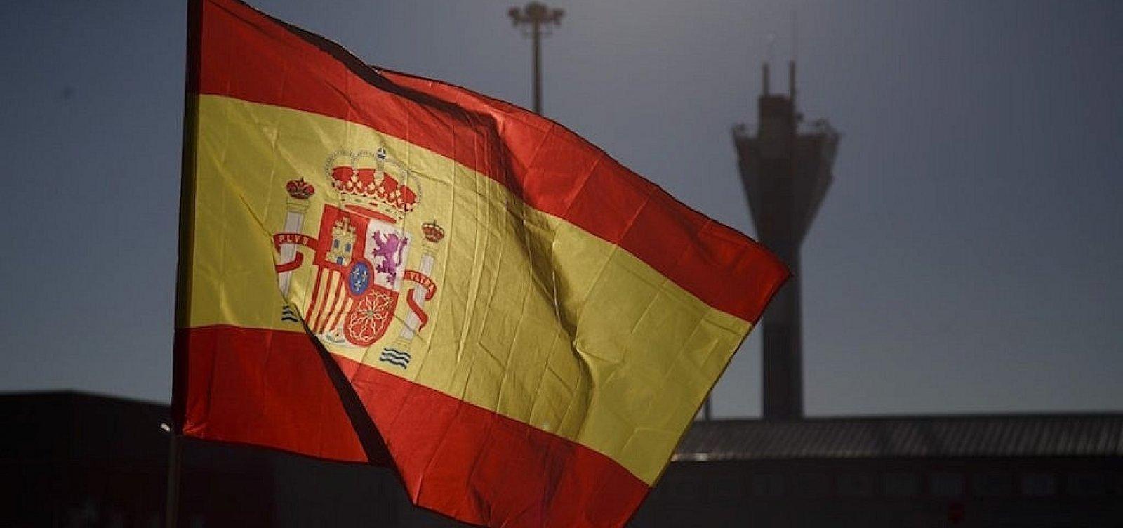 [Após o país atingir 1 milhão de casos de covid-19, governo espanhol decreta estado de alarme ]