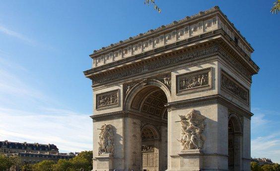 [Paris: Arco do Triunfo é evacuado após ameaça de explosão]