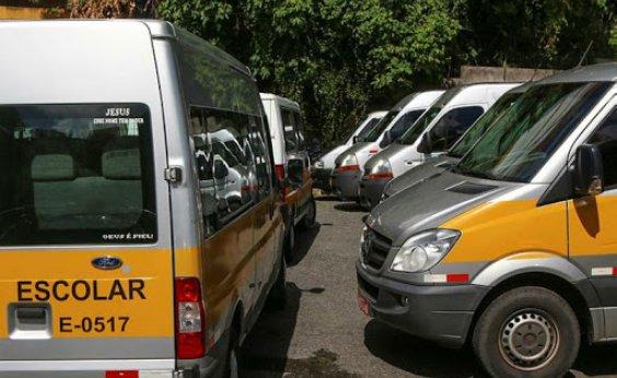 [Em dia de novidades sobre volta às aulas, prefeitura de Salvador contrata serviços de transporte escolar]