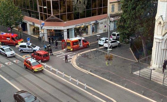 [Ataque com faca em Nice deixa três mortos e vários feridos]