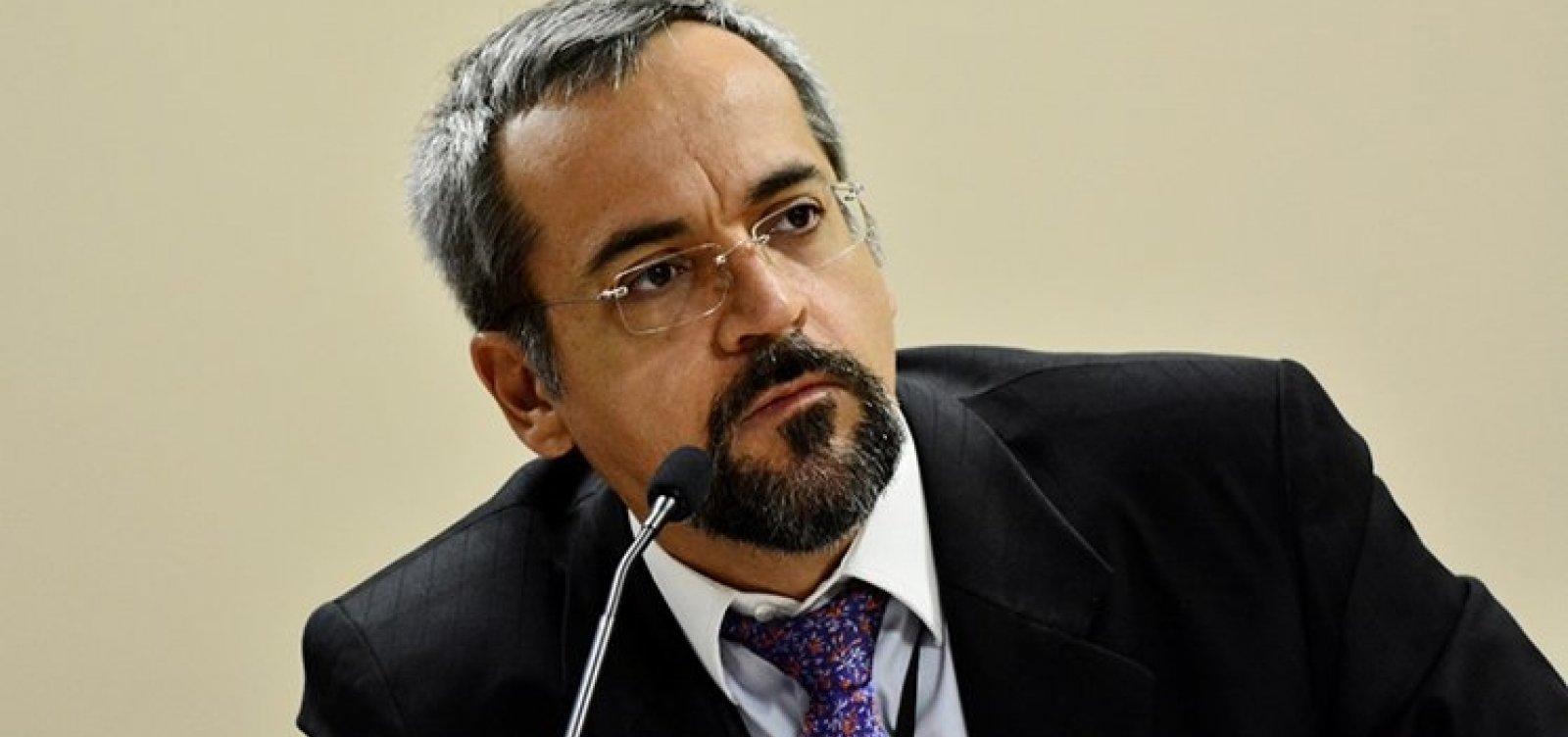[Ex-ministro da Educação, Abraham Weintraub é reeleito como diretor-executivo do Banco Mundial ]