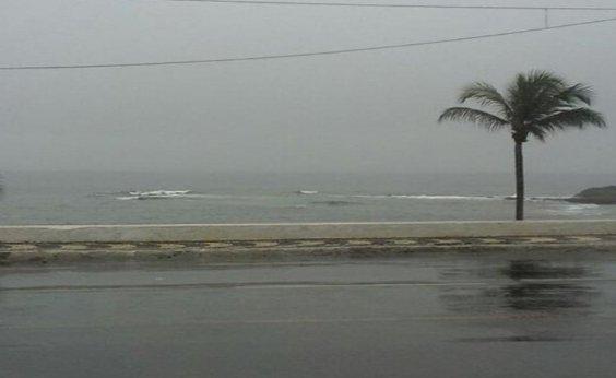 [Fim de semana prolongado tem previsão de chuva e tempo nublado na Bahia ]