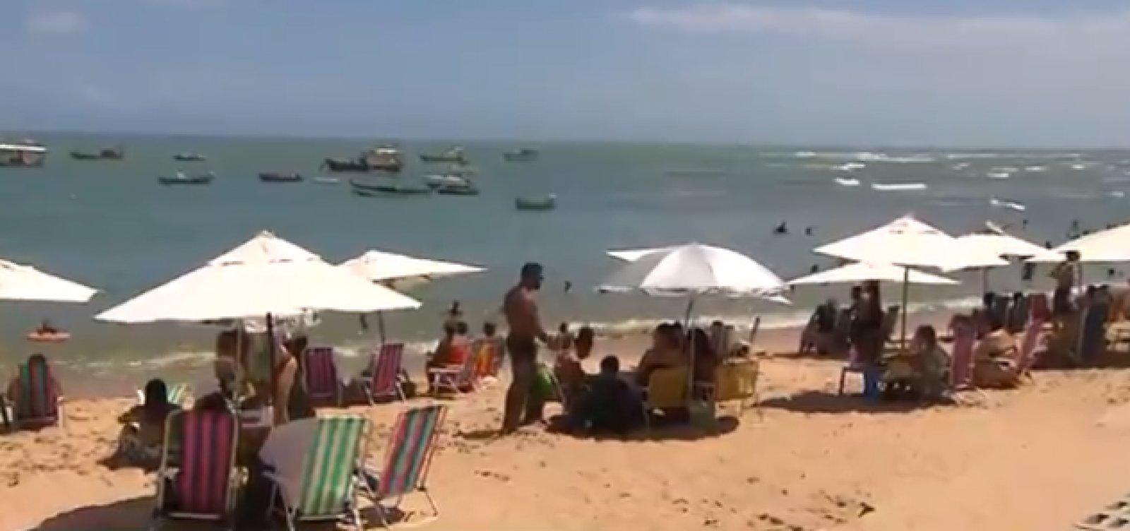 [Praias do Forte registra movimento intenso neste sábado]