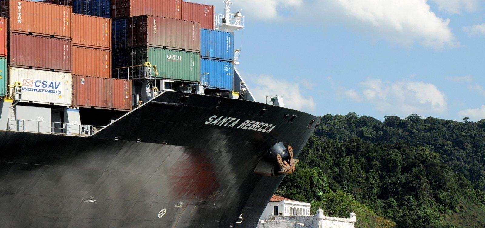 [Com menos importações, balança comercial registra superávit de US$ 5,5 bilhões em outubro]