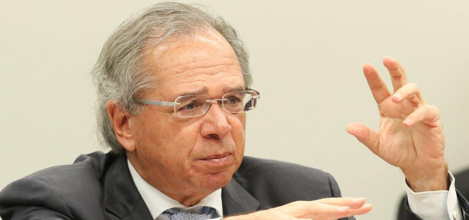 [Brasil está oficialmente saindo da recessão, diz Guedes ]