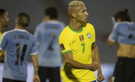 [Brasil bate o Uruguai por 2 a 0 e segue 100% nas Eliminatórias]